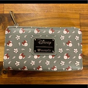 Disney Loungefly Minnie Mouse Wallet